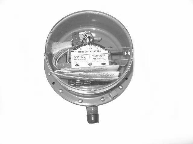 MERCOID DIFFERENTIAL PRESSURE SWITCH - PG-152-P2